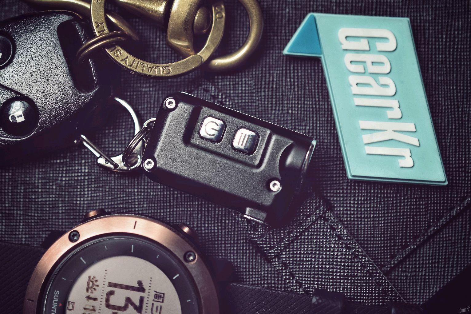 奈特科尔TINI 钥匙灯,我的随身备用手电。